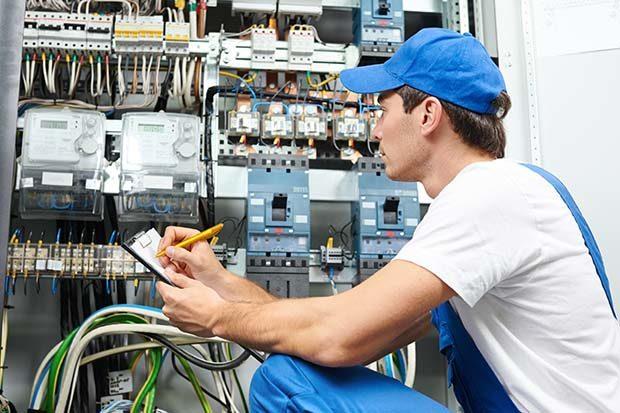 servicii instalare electrice